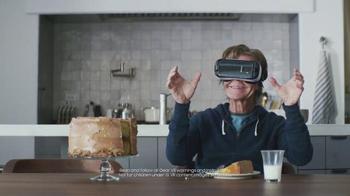 Samsung Galaxy S7 Edge TV Spot, 'Why?' Featuring Lil Wayne, William H. Macy - Thumbnail 10