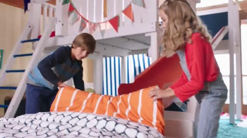 SKECHERS Memory Foam for Kids TV Spot, 'More Fun' - Thumbnail 5
