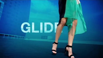 Venus Swirl TV Spot, 'Choose Flawless Skin' - Thumbnail 3