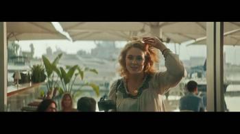 Heineken TV Spot, 'Famous' Featuring Benicio del Toro - Thumbnail 3