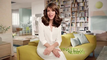 Garnier Nutrisse TV Spot, 'Nourished Hair. Better Color.' Featuring Tina Fey - Thumbnail 2