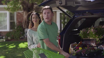 Walmart TV Spot, 'Lend a Helping Hand' - Thumbnail 7