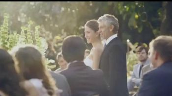 DIRECTV TV Spot, 'Casamiento' con Aarón Díaz [Spanish] - Thumbnail 2