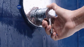 Nivea In-Shower Body Lotion  TV Spot, 'Fast Absorbing Moisturizer' - Thumbnail 4