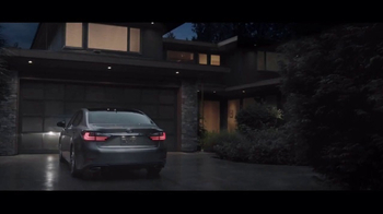 Lexus Special Presidents Day Offer TV Spot, '2017 ES 350: Spoil Yourself' [T2] - Thumbnail 5