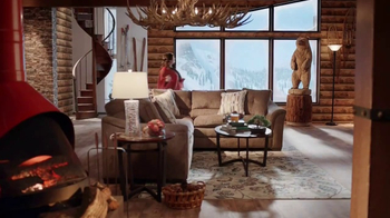 Big Lots TV Spot, 'Lavish Country Estate' - Thumbnail 4