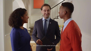 RE/MAX TV Spot, 'The Sign of a RE/MAX Agent: Market' - Thumbnail 9