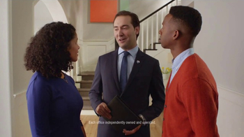 RE/MAX TV Spot, 'The Sign of a RE/MAX Agent: Market' - Thumbnail 8