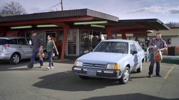 Febreze Car Vent Clip TV Spot, 'Burger Car' - Thumbnail 2