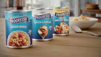 Progresso Soup TV Spot, 'Hallmark Channel: Warm Up' - Thumbnail 7