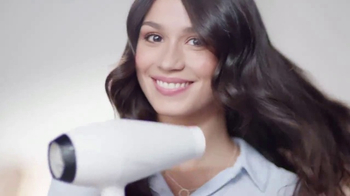 Dove Intensive Repair TV Spot, 'Roses' - Thumbnail 7