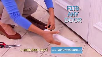 Twin Draft Guard TV Spot, 'Out the Door' - Thumbnail 5