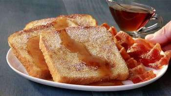 Jack in the Box Grilled French Toast Plate TV Spot, 'Lucha libre' [Spanish] - Thumbnail 9