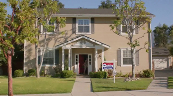 RE/MAX TV Spot, 'The Sign of a RE/MAX Agent: Every Detail' - Thumbnail 3
