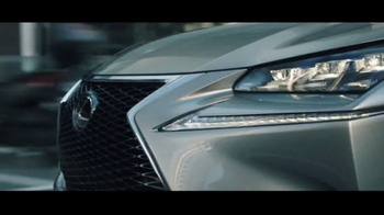 Lexus Special Presidents Day Offer TV Spot, 'Strikingly Designed' [T2] - Thumbnail 3