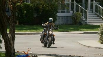 GEICO Motorcycle TV Spot, 'Neighborhood: Modern Text' - Thumbnail 1