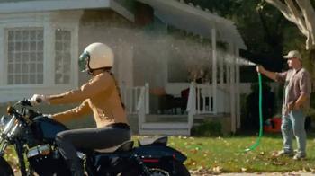 GEICO Motorcycle TV Spot, 'Neighborhood: Modern Text' - Thumbnail 7