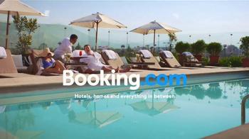 Booking.com TV Spot, 'Driving Range' - Thumbnail 7