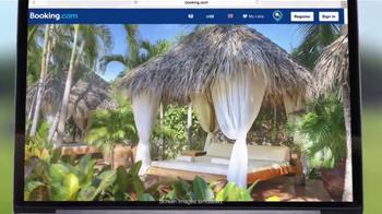 Booking.com TV Spot, 'Driving Range' - Thumbnail 6