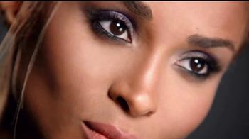Revlon ColorStay TV Spot, 'Un look completo' con Ciara [Spanish] - Thumbnail 3