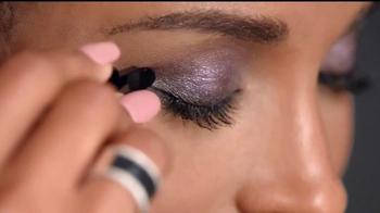 Revlon ColorStay TV Spot, 'Un look completo' con Ciara [Spanish] - Thumbnail 6