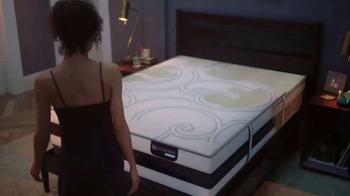 Serta iComfort Hybrid Sleep System TV Spot, 'Comfort Reimagined' - Thumbnail 2