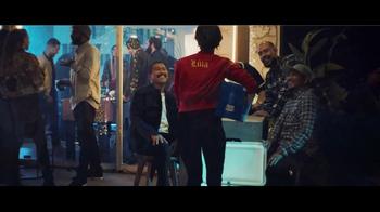 Bud Light TV Spot, 'Tus amigos se convierten en familia' [Spanish] - Thumbnail 5