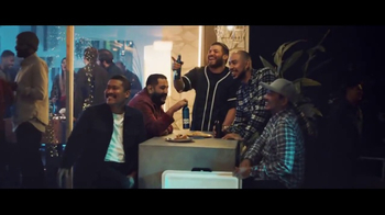 Bud Light TV Spot, 'Tus amigos se convierten en familia' [Spanish] - Thumbnail 6