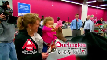 Burlington Coat Factory Warm Coats & Warm Hearts Drive TV Spot, 'ABC: Join' - Thumbnail 9