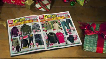 Bass Pro Shops Black Friday Sale TV Spot, 'Jeans and Smoker' - Thumbnail 2