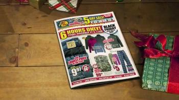Bass Pro Shops Black Friday Sale TV Spot, 'Jeans and Smoker' - Thumbnail 3