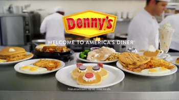 Denny's Rudolph Pancakes TV Spot, 'Syrup Discovery' - Thumbnail 9