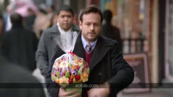 Edible Arrangements TV Spot, 'Thanksgiving' - Thumbnail 2
