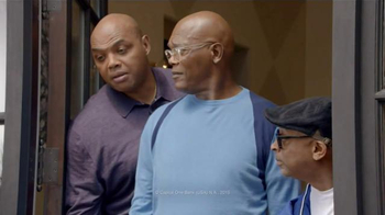Capital One TV Spot, 'Bowl Mania: Kermit' Ft. Samuel L. Jackson, Spike Lee - Thumbnail 5