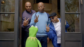 Capital One TV Spot, 'Bowl Mania: Kermit' Ft. Samuel L. Jackson, Spike Lee