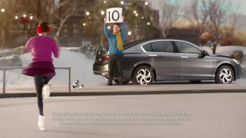 Happy Honda Days TV Spot, 'Miniature House: Family' - Thumbnail 4