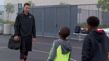 Kids Foot Locker TV Spot, 'Just Like the Pros' Featuring Stephen Curry - Thumbnail 2