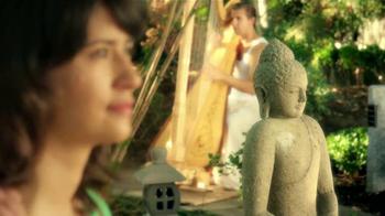 Century 21 TV Spot, 'Zen Garden' [Spanish] - Thumbnail 6