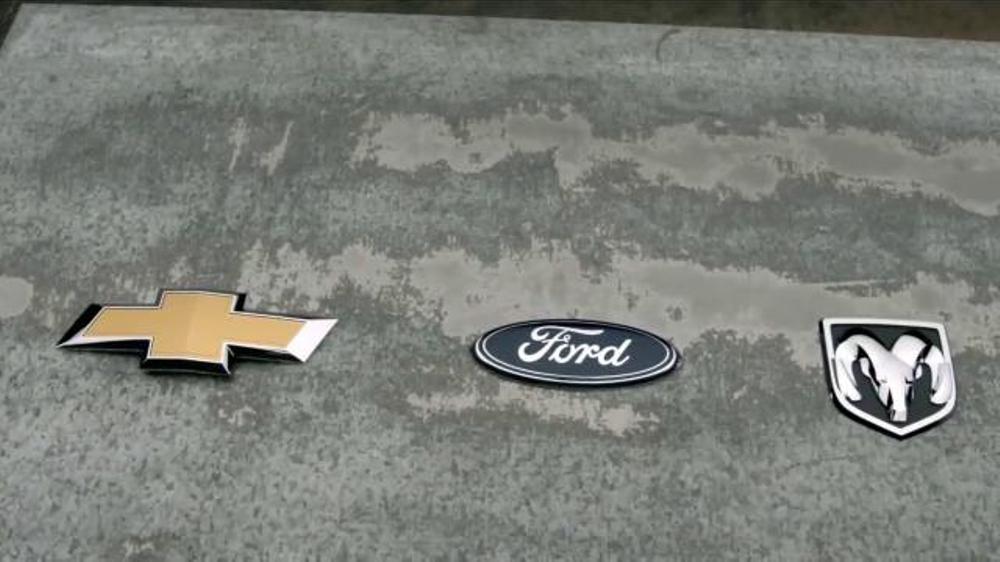 Chevrolet Silverado TV Commercial, 'Mejor en su clase: Portones'