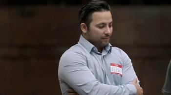 Chevrolet Silverado TV Spot, 'Mejor en su clase: Portones' [Spanish] - Thumbnail 4