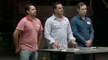 Chevrolet Silverado TV Spot, 'Mejor en su clase: Portones' [Spanish] - Thumbnail 6