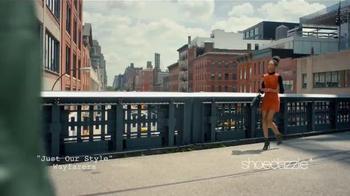 Shoedazzle.com TV Spot, 'Una chica de moda' canción de Wayfarers [Spanish] - 452 commercial airings