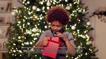 JCPenney Venta Para Tu Lista de Regalos TV Spot, 'La Navidad' [Spanish] - Thumbnail 5