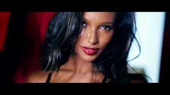 Victoria's Secret TV Spot, 'Free Gift: Slippers' - Thumbnail 10