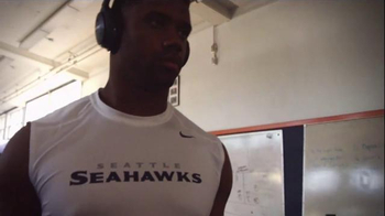 Bose TV Spot, 'Getting Ready' Featuring Russell Wilson - Thumbnail 4