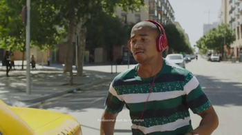 JBL Wireless Headphones TV Spot, 'Don't Let Wires Ruin Your Day' - Thumbnail 1