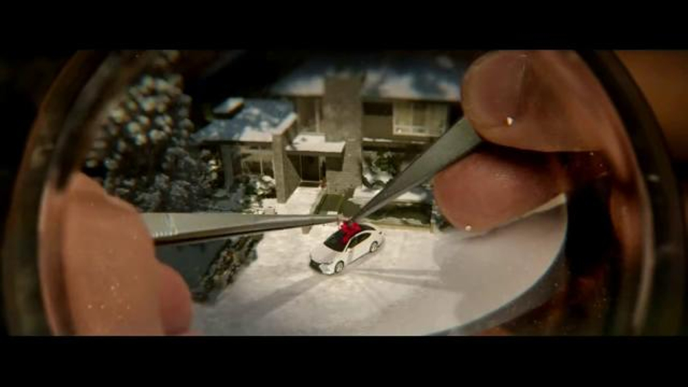 The Lexus December to Remember Sales Event TV Commercial, 'Snow Globe' - iSpot.tv