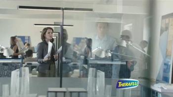 Theraflu ExpressMax TV Spot, 'Hombre en su cama' [Spanish] - Thumbnail 4