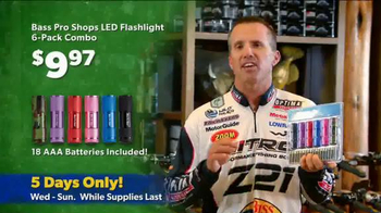 Bass Pro Shops Thanksgiving 5-Day Sale TV Spot, 'Flashlights and Boots' - Thumbnail 5