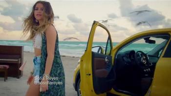 FCA 2015 American Music Awards TV Spot, 'One Call Away Remix' - Thumbnail 2